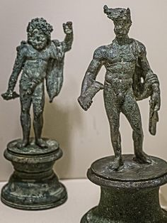 A standing Jupiter and Mercury  from a Roman Lararium (household shrine) from Boscoreale, Italy 1st century CE | von mharrsch