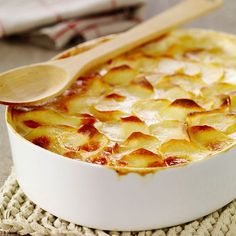 Découvrez la recette Gratin dauphinois facile sur cuisineactuelle.fr.