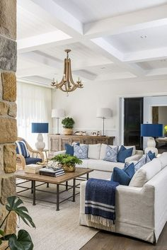 Australian Home Design Australian Home Design Schwinger Beatrice bschwinger Wohnen Neutral living room with blue and white color scheme Hamptons-inspired Living Room Neutral […] Living Room Blue And White Living Room, Cream Living Rooms, Coastal Living Rooms, Living Room Colors, Home Living Room, Living Room Designs, Coastal Homes, Beach Homes, Lounge Room Designs