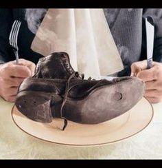 Enfermedades raras psicologicas II -  SÍNDROME DE PICA: ENFERMEDAD ALIMENTARIA El síndrome de Pica es una extraña enfermedad alimentaria, que según expertos, puede tener causas físicas, mentales y hasta culturales. Este trastorno alimenticio provoca deseos urgentes de comer sustancias no destinadas al consumo humano.