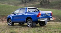 The 2016 Toyota Hilux pickup truck will be available this October in 31 variants, with different engine options, transmission, cab configurations, equipment Toyota Hilux, Toyota Tundra, Toyota New Car, Toyota 4x4, Hilux 2017, New Cars For Sale, Upcoming Cars, Car In The World, Toyota Land Cruiser