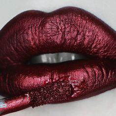 What do we love more than wine? Wine lipstick! #LiveNoBS #beauty