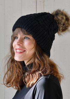 Knitted Hats, Free Pattern, Winter Hats, Knitting, Design, Fashion, Moda, Tricot, Fashion Styles