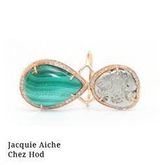 Jacquie Haiche Bague en or rose 14 carats de diamants et d'une malachite taillée en forme de goutte, elle-même partiellement sertie de diamants.