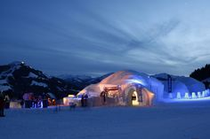 Guests at the ALPENIGLU® Igloo Village don't just get a night in an igloo but a complete adventure package. skiwelt.at