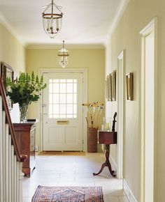 Wall in Farrow & Ball String Estate Emulsion; Woodwork in Farrow & Ball Off-White Estate Eggshell Hallway Colours, Foyer Decor, Hallway Paint Colors, Hallway Paint, Edwardian Hallway, Living Room Colors, Paint Colors For Living Room, Farrow Ball, Hallway Designs
