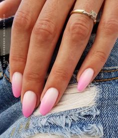 58 Trendy Nails Ombre Pink Glitter Art Designs – Care – Skin care , beauty ideas and skin care tips Pink Ombre Nails, Glitter Nails, Pink Glitter, Almond Nails Pink, Cute Pink Nails, Glitter Tattoos, Pink Manicure, Glitter Force, Glitter Eye