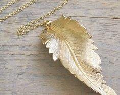 Gold Long Necklace , Gold Leaf Necklace , Dainty Gold Necklace , Everyday Necklace , Leaf Necklace , Leaf Jewelry , Fashion jewelry