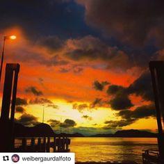 Flott solnedgang. Sunnmøre. #reiseblogger #reiseliv #reisetips #reiseråd  #Repost @weibergaurdalfoto (@get_repost)  Sundown Sunnmøre Norway