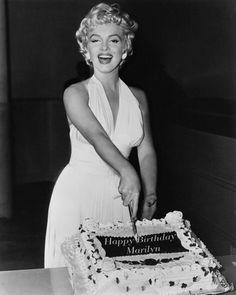 Happy 87th Birthday, Marilyn!!!! ♥