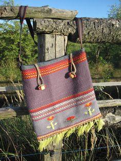 a bag Loom, Straw Bag, Burlap, Reusable Tote Bags, Fashion, Moda, Hessian Fabric, Fashion Styles, Fashion Illustrations