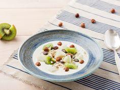 Halfvolle yoghurt met kiwi, peer en muesli