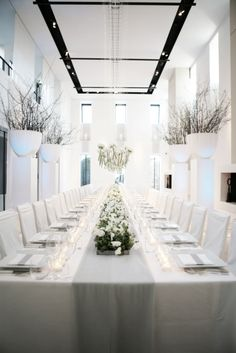 White Warm Winter Dinner Flower Decoration by Wolterinck Event Decoration