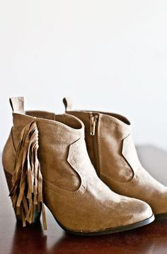 Monterey Boots-Taupe