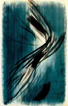 T. 1955-33. Hans Hartung. 1955, huile sur bois.  L'artiste semble avoir improvisé ces  gestes rapides et nerveux. Le contraste ménagé  entre l'homogénéité du fond et la vigueur des  traces noires frappe par sa violence maîtrisée.  L'interprétation de l'œuvre est laissée ouverte au  spectateur : ainsi, la liberté du regard suit la liberté  de geste du peintre