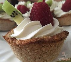 Margot řezy s banánovou příchutí Healthy Cake, Healthy Sweets, Sugar Free Diet, Good Food, Yummy Food, Food Trends, Sweet And Salty, Easy Desserts, Cookie Recipes