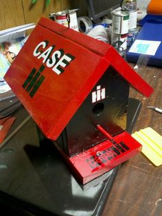 Case International Bird House