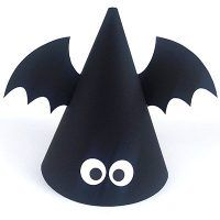 ハロウィン パーティーハット DIY素材 コウモリ Halloween Treat Boxes, Halloween Decorations For Kids, Halloween Treats For Kids, Halloween Hats, Holidays Halloween, Happy Halloween, Halloween Worksheets, Halloween Activities, Halloween Paper Crafts