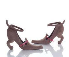 Zapatos extraños de Kobi Levi: diseñador de Jerusalén, que se especializa en diseñar, desarrollar y hacer calzados. Ha trabajado para compañías internacionales de todo tipo.