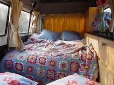 Gorgeous crochet blanket colours. I need to finish my granny squares ASAP. Vintage van decor is SO CUTE!