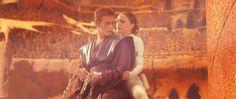 Anakin & Padmé Star Wars episode II [GIF] Aww <3 << I love the way he close his eyes when she kisses him, so precious!