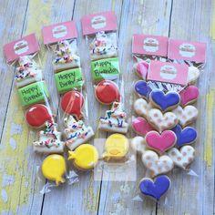 Birthday minis and hearts #NatSweets #customcookies #hellosunrisemarket #sandiego #minicookies