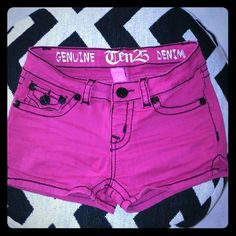 Ten25 Hot pink jegging stretchy booty shorts Purchased ofv karmaloop dot com like a year ago.  Only wore em like 2  Stretchy and cool comfy material.   Size 3/4 95% cotton 5% spandex ten25 Jeans