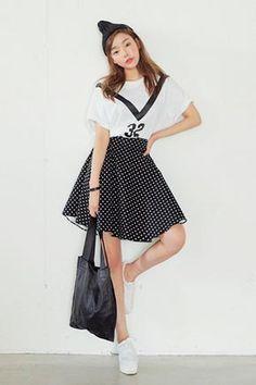 Today's Hot Pick :ドット柄ゴムウエストAラインスカート http://fashionstylep.com/SFSELFAA0024696/stylenandajp/out