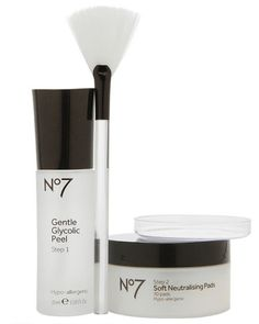 Give yourself an acid peel right in the comfort of your own home. This set includes a peel, mixing bowl, neutralizing pads and a brush to get your skin polished. Advanced Renewal Anti-Aging Glycolic Peel Kit, No7 $27