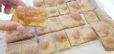 Azimi sau Paine Nedospita Painea nedospita este cea mai simpla paine pregatita vreodata. A fost recomandata chiar pentru a sarbatori Pastele sau Sfanta Cina deoarece simbolizeaza Trupul Lui Isus fara pacat. Ce este o pâine nedospită? O pâine nedospită este făcută dintr-un aluat ce conţine: făină de cereale, apă, evantual sare şi ulei (comp. cuLevitic … Little Tykes, Gem, Dairy, Cheese, Food, Little Tikes, Essen, Jewels, Meals