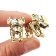 3D Fake Gauge Realistic Baby Piglet Animal Stud Earrings in Shiny Gold