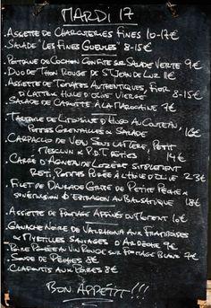 Les Fines Gueules, restaurant / wine bar Pop Up Restaurant, France, French Food, Paris Travel, Parisian, Food And Drink, Paris Paris, Blackboards, Kissing