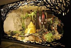 pictures of flower shop window display ideas