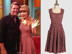 Taylor Swift in Effie's Heart Dolce Vita Dress