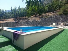 como hacer piscina de obra elevada Ana White, Swimming Pools, Outdoor Decor, Pool Ideas, Home Decor, Gardens, Small Spaces, Log Projects, Wooden Garden Benches