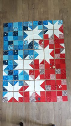 Star Spangled Baby Quilt - Under the Perry Tree - Star Spangled Baby Quilt – Under the Perry Tree - Flag Quilt, Patriotic Quilts, Star Quilt Blocks, Star Quilts, Scrappy Quilts, Mini Quilts, Patchwork Quilting, Big Block Quilts, Modern Quilt Blocks