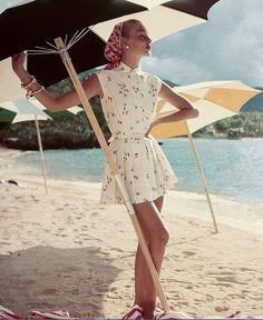 1954 Liz Pringle in pleated sundress, photo by Roger Prigent, Vogue
