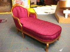 Dollhouse Miniature Furniture - Tutorials | 1 inch minis: French chaise made from card stock
