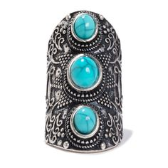 Turquoise stones make this ring strikingly stunning.