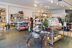 A lovely little concept store right on Abbot Kinney selling a large range of different things such as books, accessories and clothing.