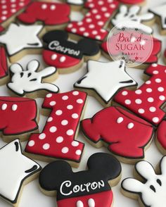 "760 Likes, 34 Comments - Christi Blankenship (@bakedsugarbakery) on Instagram: ""Mickey Mouse! Makes me want to go to Disney World! #customcookies #bakedsugarbakery #sugarcookies…"""