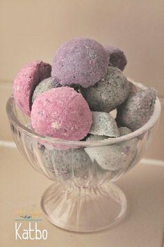 Így készíthetünk illatos, színes pezsgőfürdő golyókat   Életszépítők Diy And Crafts, Ice Cream, Soap, Homemade, Breakfast, Health, Desserts, No Churn Ice Cream, Morning Coffee