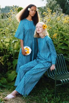 Marimekko Spring/Summer 2020 Ready-to-Wear Fashion Show School Fashion, All Fashion, Fashion Week, Fashion Show, Fashion Outfits, Vogue Paris, Marimekko Bag, Scandinavia Design, Vogue Editorial
