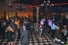 Finalizando el gran día, con una magnífica discoteca, donde nuestro DJ Ruben hace bailar y disfrutar a todos los invitado y, por supuesto, a Rebeca y Manuel. #boda #disco