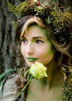 Voice of Nature - compost-pile: some photos as me as Dryad! Mehr Voice of Nature - compost-pile: some photos as me as Dryad! Cosplay Makeup, Cosplay Wigs, Fairy Costume Makeup, Elf Cosplay, Fairy Make-up, Dryad Costume, Tree Costume, Mother Nature Costume, Mother Nature Halloween