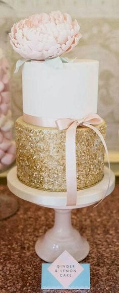 Bridal shower cake with gold sequins and giant pink peony - Cotton and Crumbs Sequin Cake, Metallic Cake, Glitter Cake, Gold Glitter, Gold Sequins, Gold Sparkle, Edible Glitter, Sparkly Cake, Glittery Nails