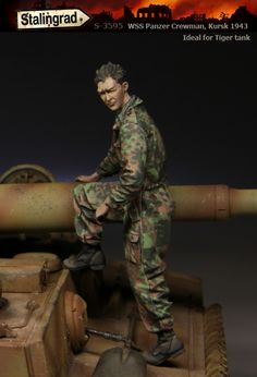 SS Tanker at Kursk. 1/35 scale resin figure from Stalingrad Miniatures. Now in stock