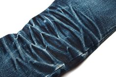 32 oz. Naked & Famous Elephant skin jeans honeycombs