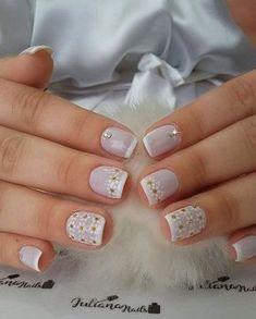 27 modelos de unhas com esmalte branco unhas claras, unhas fáceis, unhas brancas, Love Nails, Pretty Nails, Bling Nails, Manicure And Pedicure, Nail Arts, Nail Inspo, Hair And Nails, Nail Art Designs, Acrylic Nails