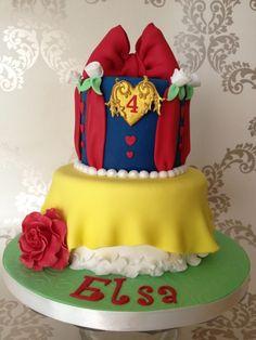 Cute way to do a Disney princess cake.